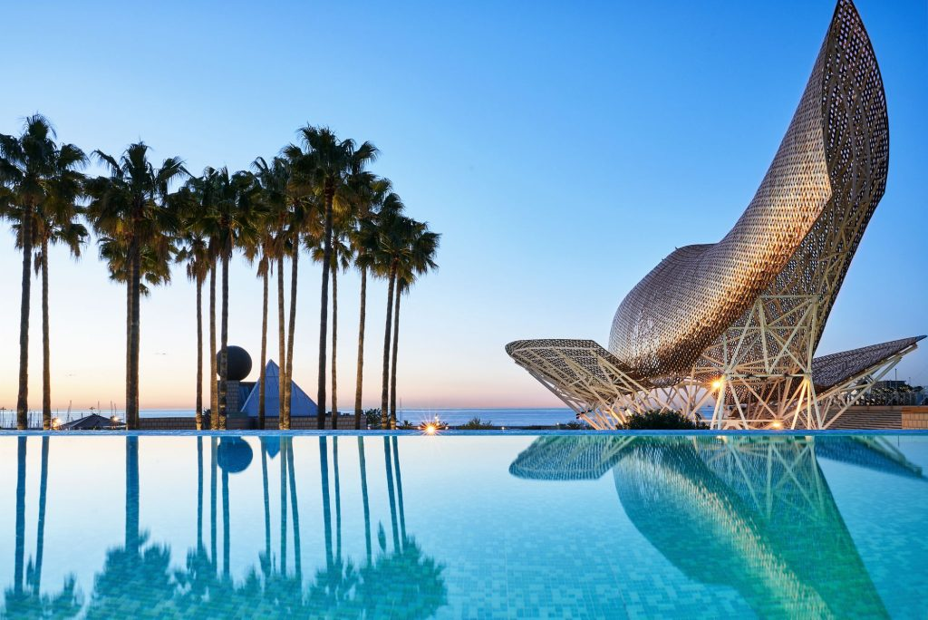 A Luxury Hotel Is Characterized By Great Design And Experiences. Photograph Hotel Arts Barcelona.